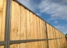 Kwikfynd Lap and Cap Timber Fencing allambeevic